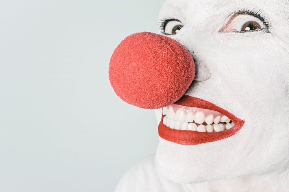 https://dlaignite.com/wp-content/uploads/2019/06/artist-circus-clown-476-e1559743424983.jpg
