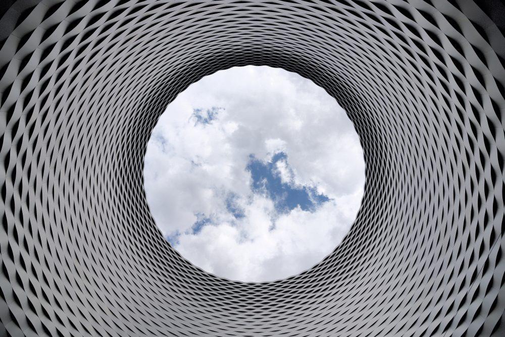https://dlaignite.com/wp-content/uploads/2019/10/4k-wallpaper-aluminum-architectural-210158-e1571046195562.jpg