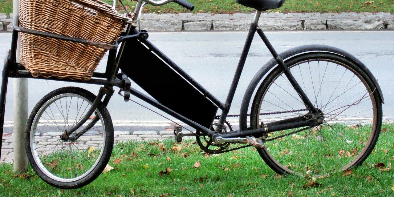 https://dlaignite.com/wp-content/uploads/2019/11/old-fashioned-bike-1239311-1279x813-1-1279x640.jpg
